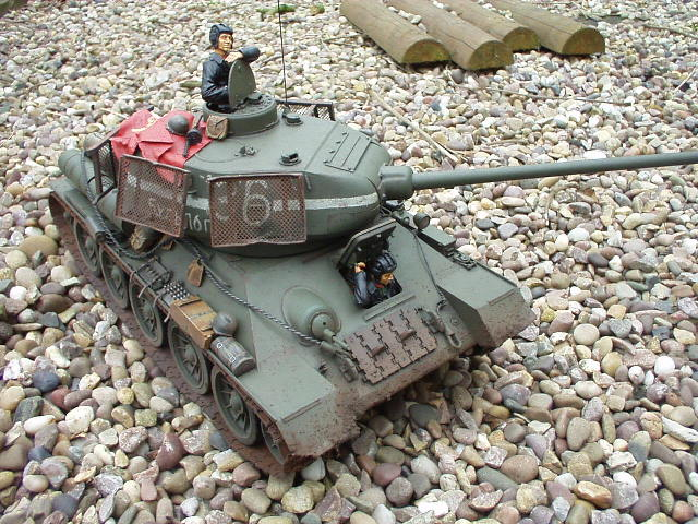 Rc tanks t 34 yacht, drones with cameras at target canon